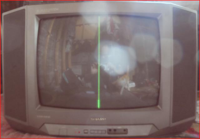 Perbaikan Kerusakan Muncul Garis di Tengah Layar pada Mesin TV China