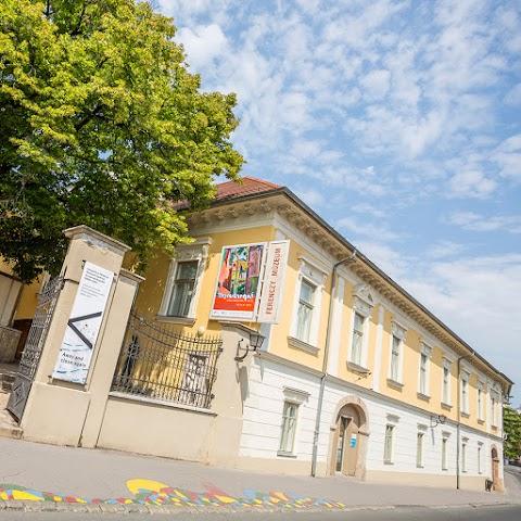 Rómában vendégeskedik a szentendrei múzeum