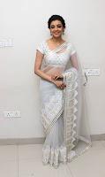 Kajal Agarwal New Pos in White Saree (3).jpg