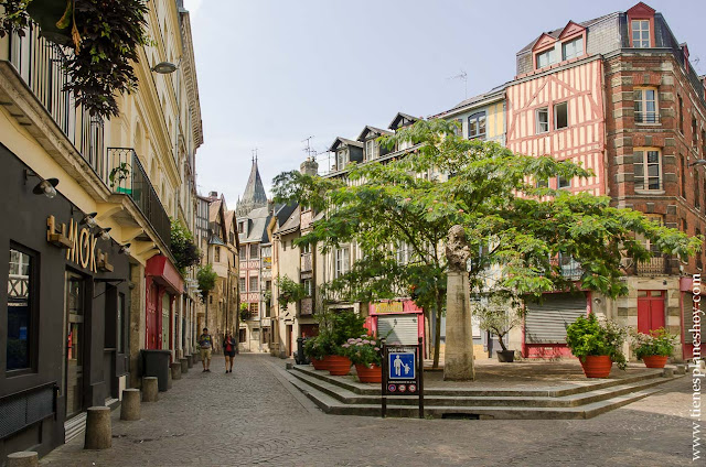 Ruan Rouen turismo diario viaje Normandia Bretaña visitar
