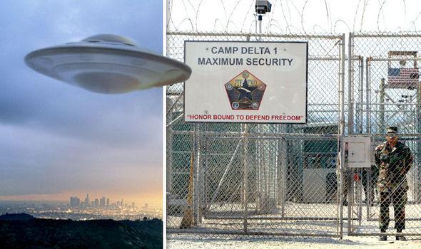 Los marines hablaron de la actividad OVNI entre sí, pero se les dijo que no hablara con el público acerca de lo que ocurría.