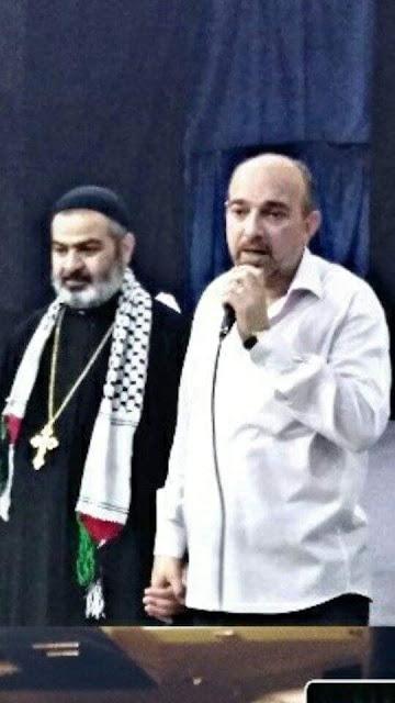 المخرج والممثل السوري الفنان حسين عرب يتألق العرض المسرحي مونو دراما (القيامة)