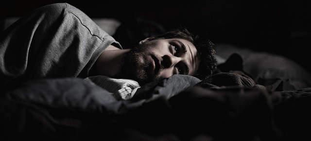 Bạn có thể bị bệnh nếu hay tỉnh giấc giữa đêm