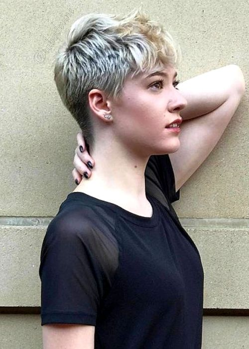 Flattering Hairstyles for Oval Face - Frilled Pixie Haircut