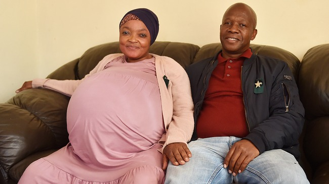 South African woman gives birth to ten babies breaking Guinness Record