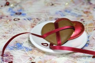 chocolate day in hindi valentine week