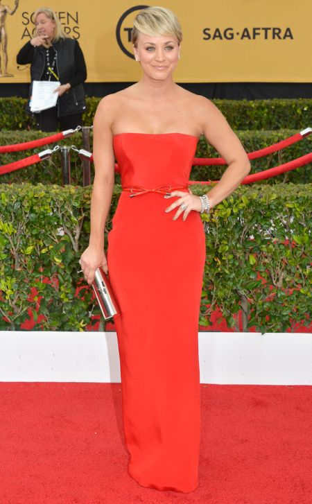 Kaley Cuoco-Sweeting in Romona Keveza at the SAG Awards 2015