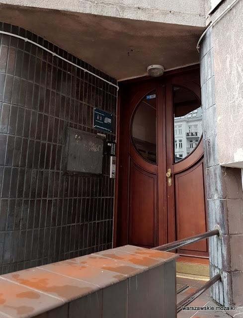 drzwi Kamienica Michalskiej Zaborowskiej Zagórskiej Warszawa Warsaw architektura Śródmieście