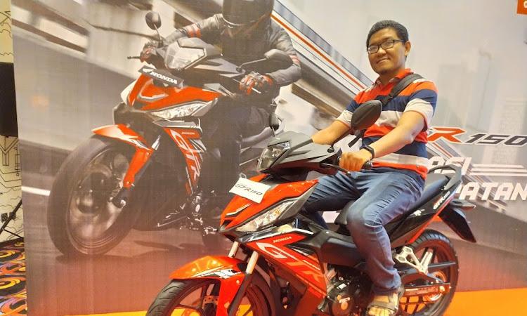 Tips Untuk Menjaga Body Sepeda Motor Honda Tetap Kinclong