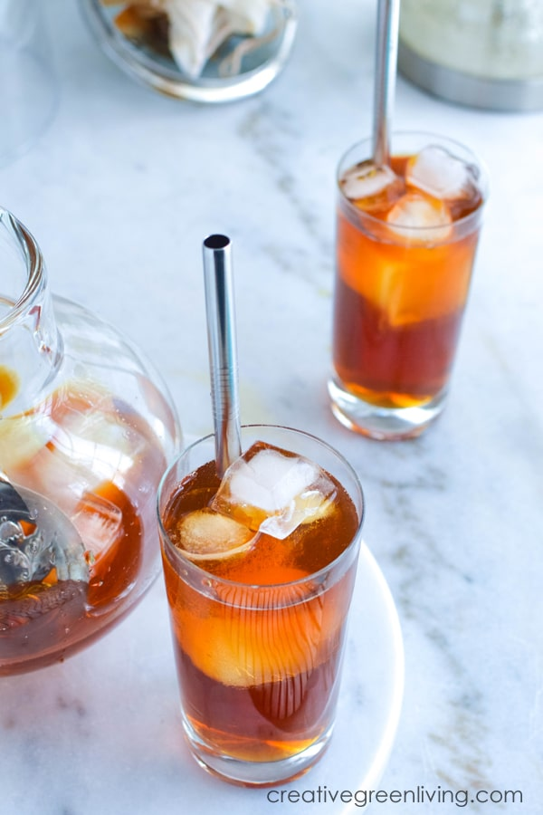 How to make fresh unsweetened iced tea quickly