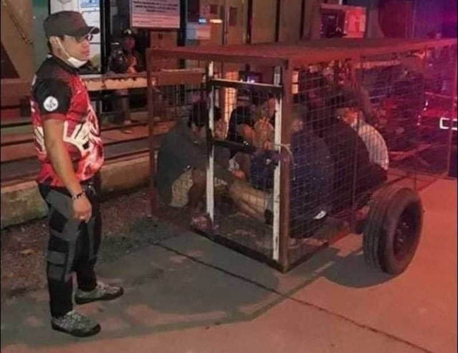 Barangay Captain Faces Raps For Locking Curfew Violators In Dog Cage
