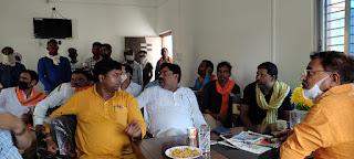 #JaunpurLive : गौराबादशाहपुर नगर पंचायत कार्यालय का जफराबाद विधायक ने किया निरीक्षण