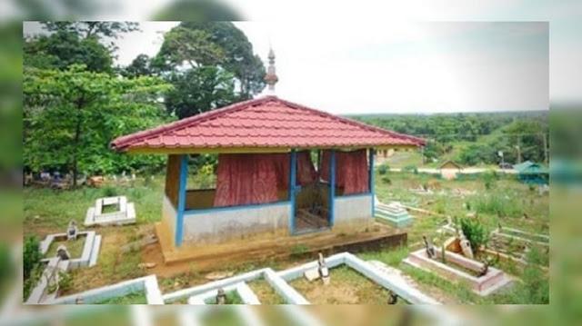 Kawasan Wisata Religi Makam Pawang Leon dan Batu Tapak Harimau
