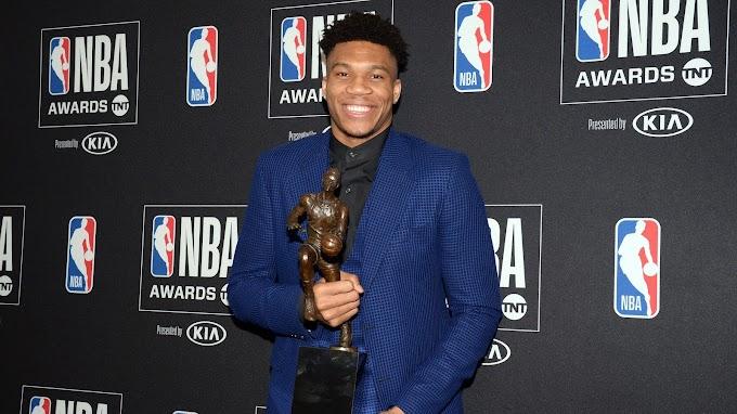 Ο ΓΙΑΝΝΗΣ ΑΝΤΕΤΟΚΟΥΝΜΠΟ ΕΓΙΝΕ Ο ΠΡΩΤΟΣ ΕΛΛΗΝΑΣ MVP ΣΤΗΝ ΙΣΤΟΡΙΑ ΤΟΥ NBA
