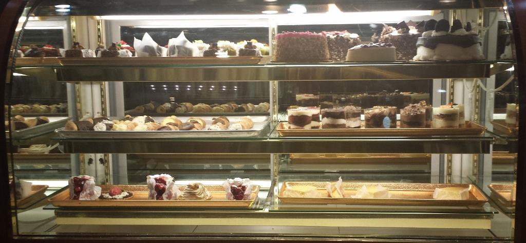 Italian Bakery Birthday Cake
