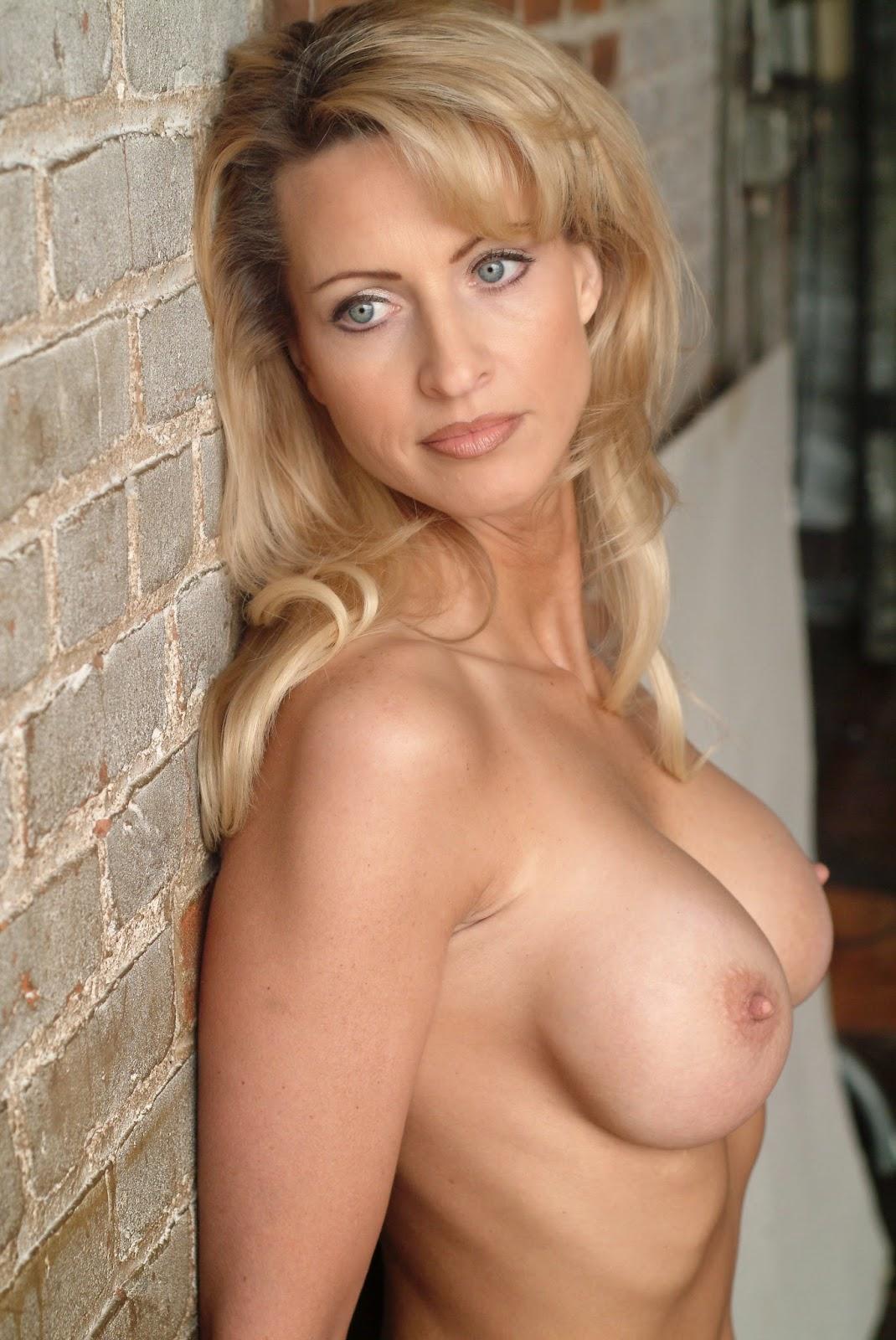 Leeza Gibbons Nude