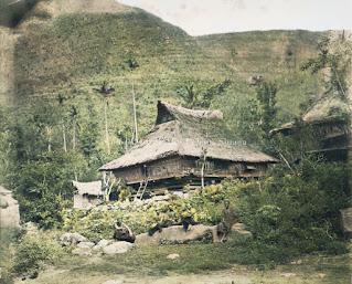rumah adat suku batak karo disekitar wilayah tongging