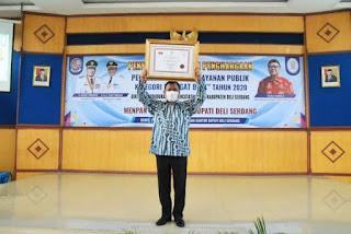 Deli Serdang Terima Penghargaan Pelayanan Publik dari Menpan-RB
