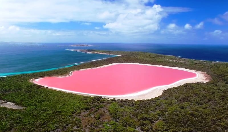 The World's Most Amazing and Beautiful Natural Phenomena