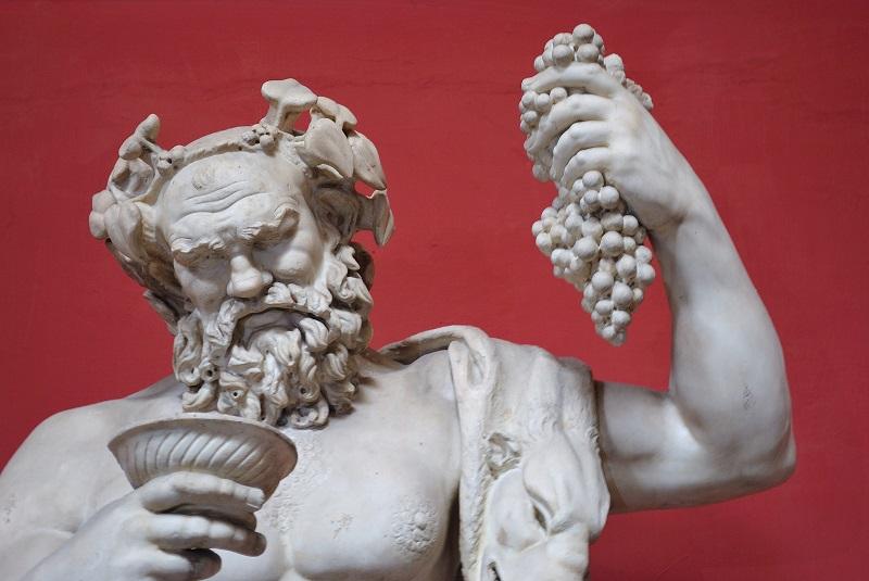 Dionísio: O Deus do Vinho e da Folia na Mitologia Grega