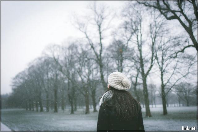 cô gái tháng 12