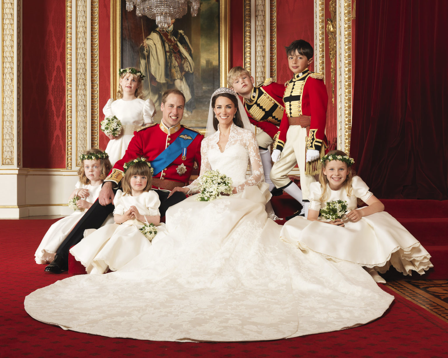Official Wedding picture of The Duke and Duchess of Cambridge's wedding