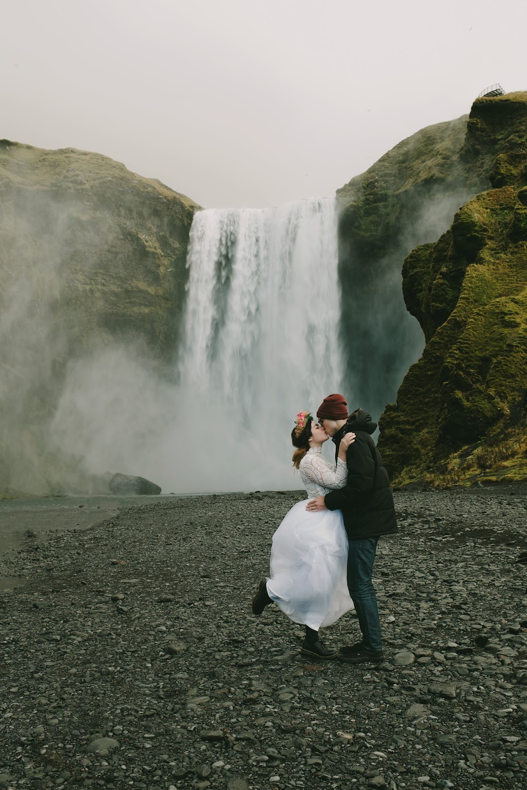 Skógafoss, waterfall, iceland, wedding, elopement, portraits