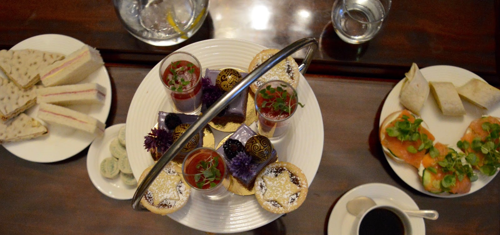 Afternoon tea at Wynyard Hall (with kids) - A Review - afternoon tea stand