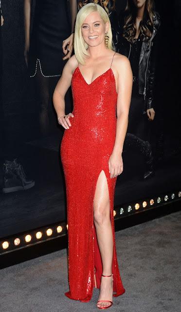 Elizabeth Banks Hot Pic