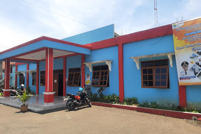 Warga Keluhkan Dana Bansos Covid Kemensos Dipotong Oknum Perangkat Desa Ciherang
