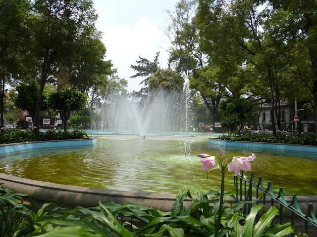 Plaza Luis Cabrera Colonia Roma Città del Messico