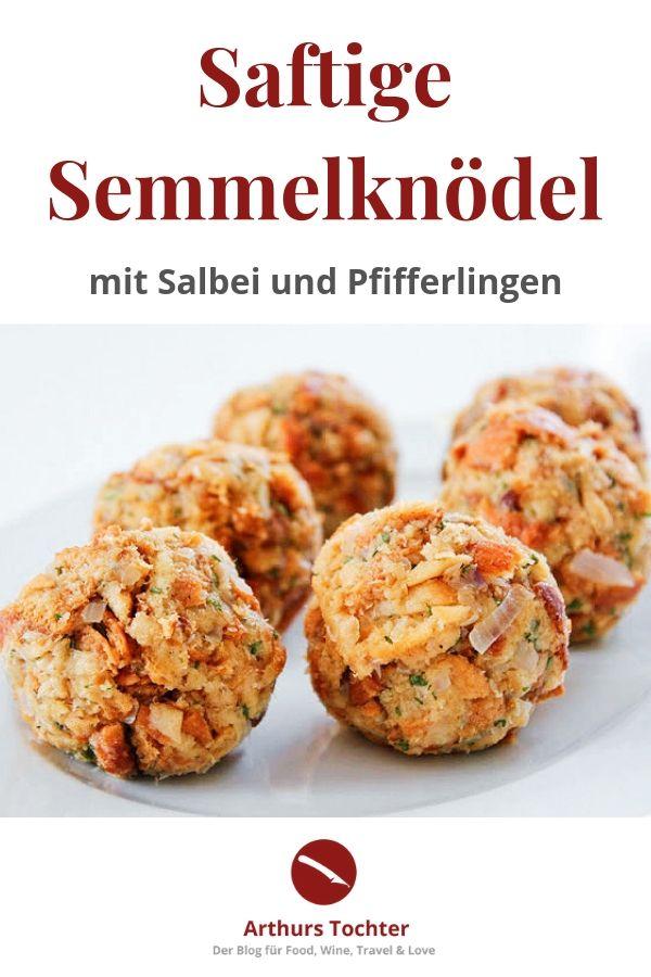 Rezept für saftige Semmelknödel mit Salbei und Pfifferlingen in Estragon-Rahm-Sauce und dazu gibt es ein butterzart gebratenes Kalbskotelett #rezept #mit_Pilzen #vegan #thermomix #varoma #einfach #klassisch #schuhbeck #lafer #arthurs_tochter #foodblog #pfifferlinge #salbei #kräuterküche #wildkräuter #klöße #bayerisch #deutsch #weihnachten #herbst #waldpilze #champignons #foodblogger #foodphotography #foodstyling #rheinhessen #mainz
