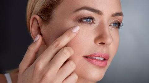 Néhány praktikával késleltetni tudjuk a bőr öregedését