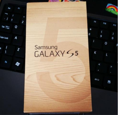 Samsung Galaxy S5 phone