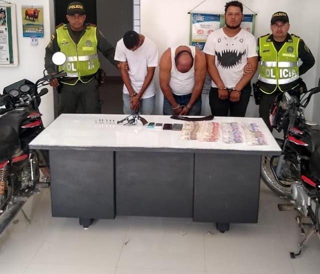 En atraco a mano armada despojaron de dos millones 300 mil pesos a un comerciante