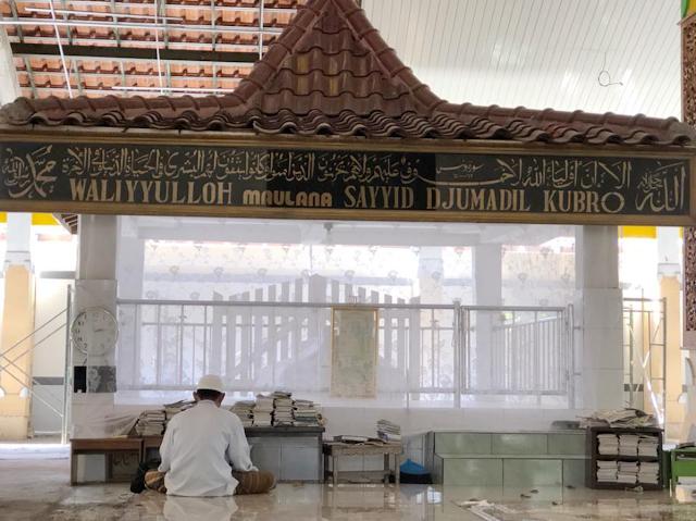 Makam Troloyo Trowulan Mojokerto