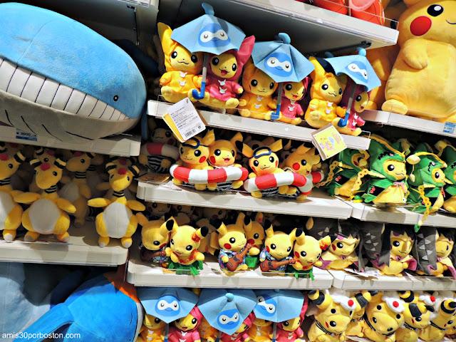 Peluches en el Pokemon Center SKYTREE TOWN del Tokyo Skytree