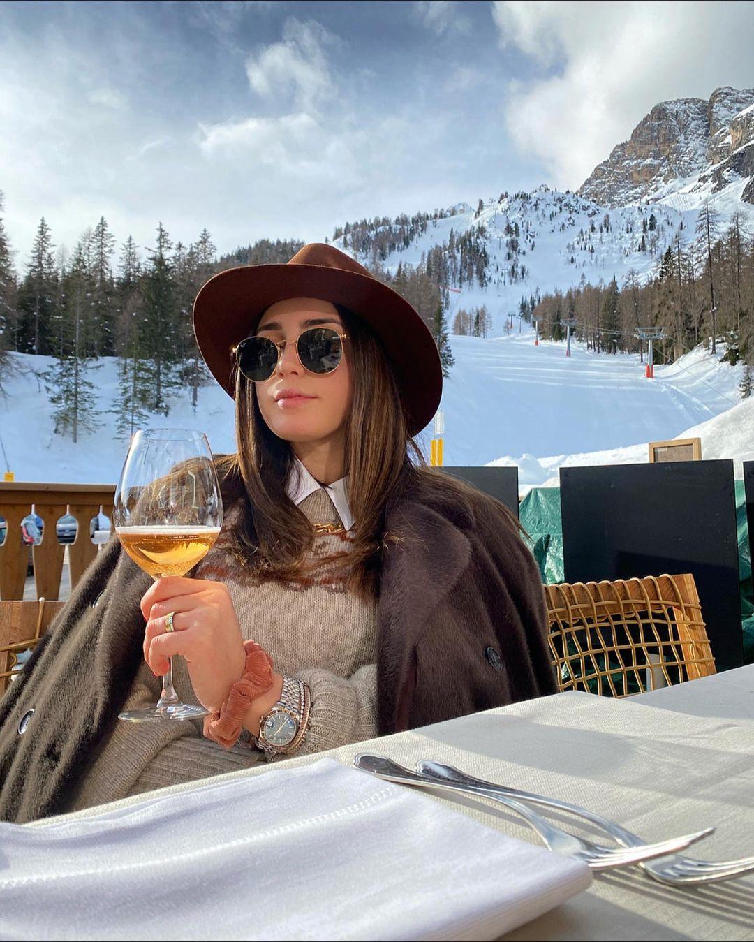 Cortina d'Ampezzoliburan musim salju eropa