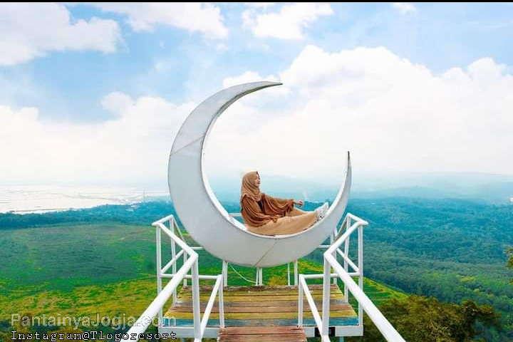Indahnya Tlogo Resort Dan Goa Rong View Semarang Jawa Tengah - PantainyaJogja.com