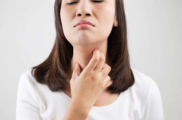 Cara Meredakan Batuk Berdahak dan Tenggorokan Gatal