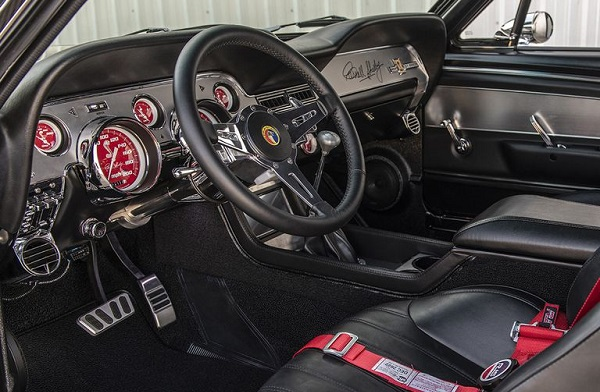 Classic Recreations Shelby GT500 CR Carbon Edition