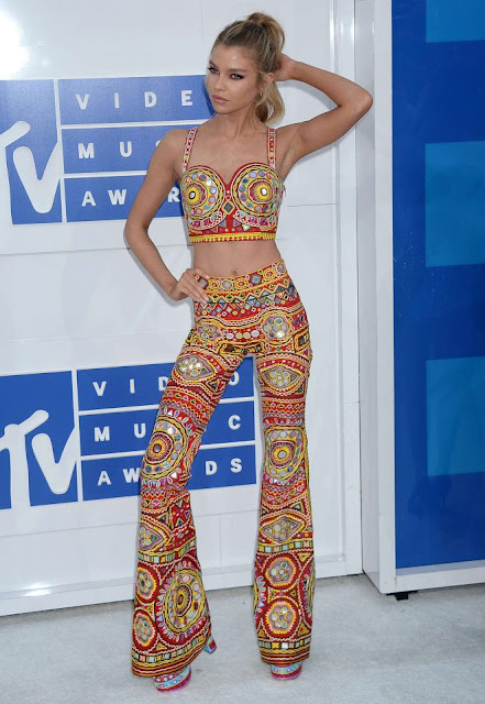Stella Maxwell – 2016 MTV Video Music Awards in New York City
