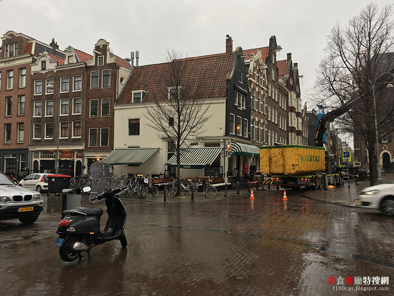 [荷蘭] 阿姆斯特丹/中央車站附近【Winkel43】用料實在 吃的到整塊蘋果的蘋果派