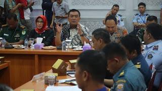 Pimpin Rapat Koordinasi Terkait Covid-19 , Walikota Cirebon Minta Kepada Jajarannya Tanggap Darurat