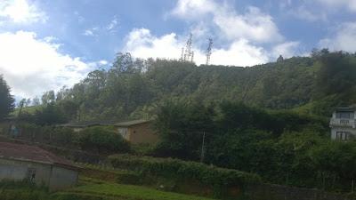 mountain range nawalapitiya