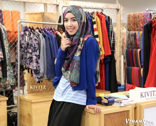 Fitri Aulia | Mau Tampilan Hijab Penuh Inspirasi Follow 9 Hijab Blogger ini, Sekarang