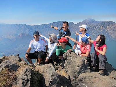 Plawangan Senaru Crater Rim 2641 meter Mt Rinjani