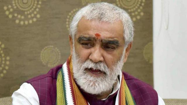 पूर्व प्रधानमंत्री भी दवा के रूप में 'गौमूत्र' पीते थे: अश्विनी चौबे - newsonfloor.com