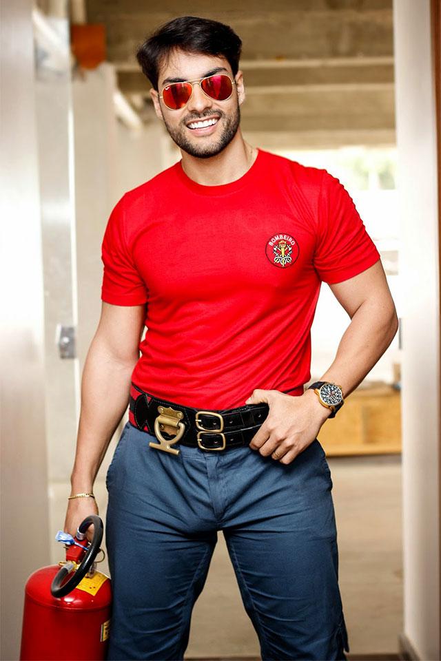 Bruno Camargo, o bombeiro da Eliana. Foto: Maycon Morais