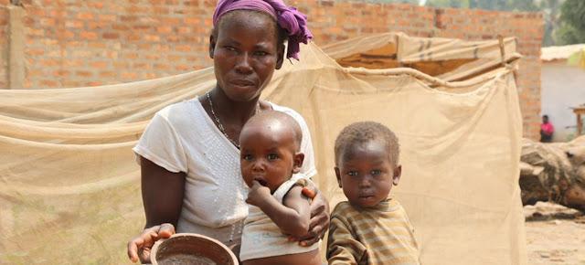 PMA África Occidental Un 70% de las personas que sufren hambre en el mundo son mujeres.